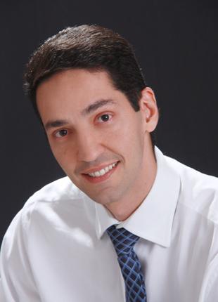 Dr. Cássio Pontes